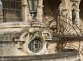 Chateau de Chantilly - Detail entree 2