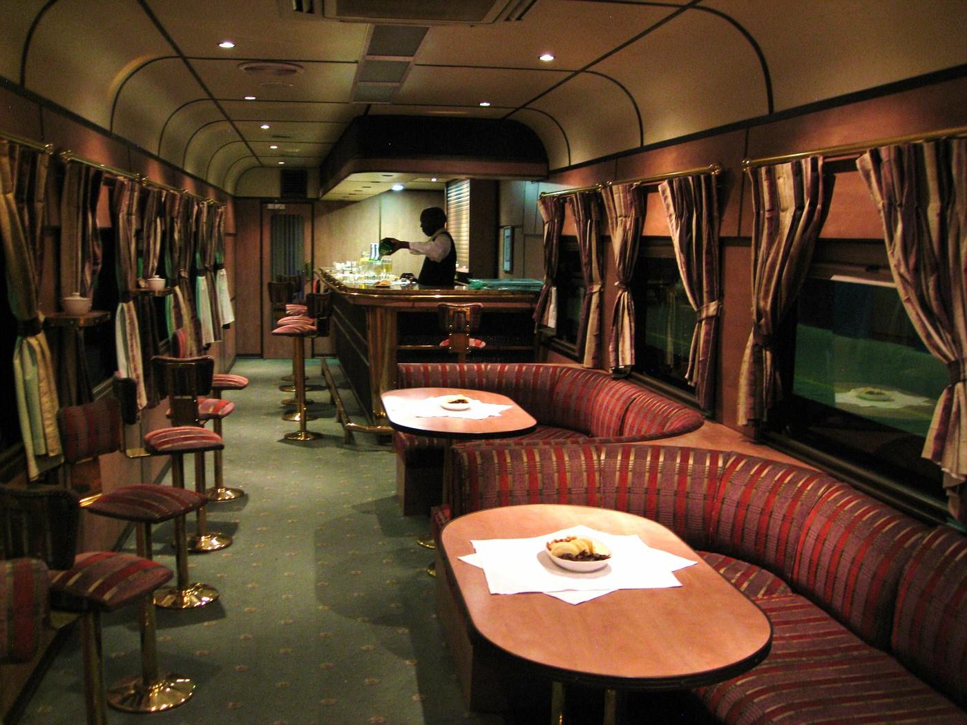 train car inside images galleries with a bite. Black Bedroom Furniture Sets. Home Design Ideas