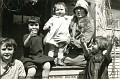 Aunt Bea and Kids,  Malad, 1928