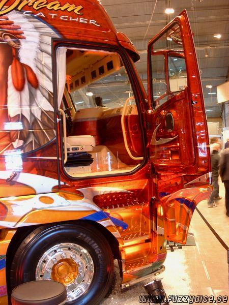 """""""Dream Catcher"""" Volvo FH12 -04."""