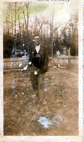 8-G-Grandpa Archie Moffett