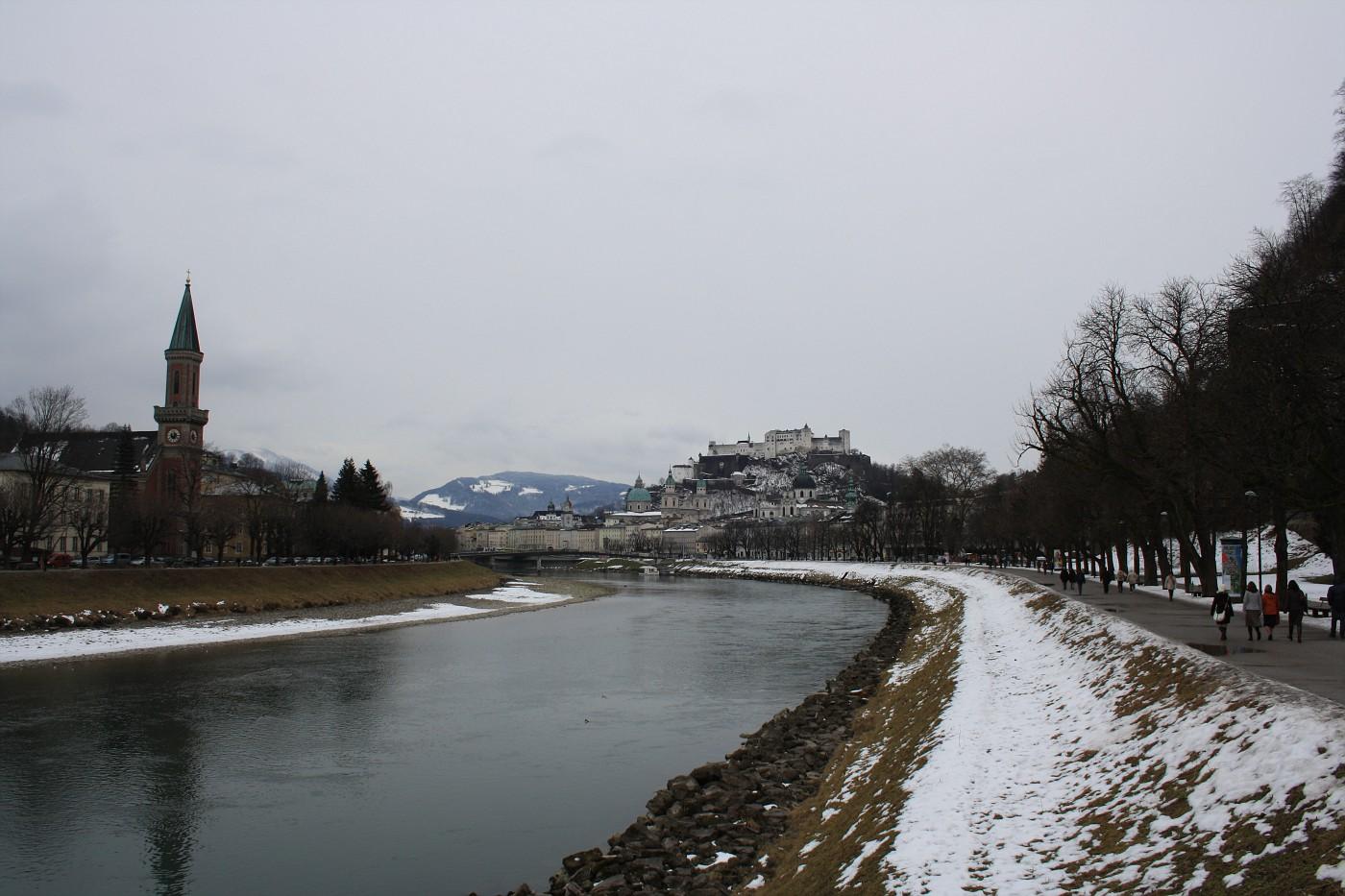 http://images19.fotki.com/v286/photos/2/243162/8488810/Salzburg1-vi.jpg
