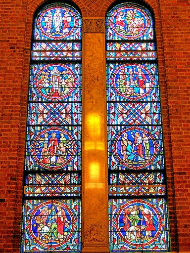 SAINTS PETER AND PAUL CHURCH - STAINED GLASS - 38