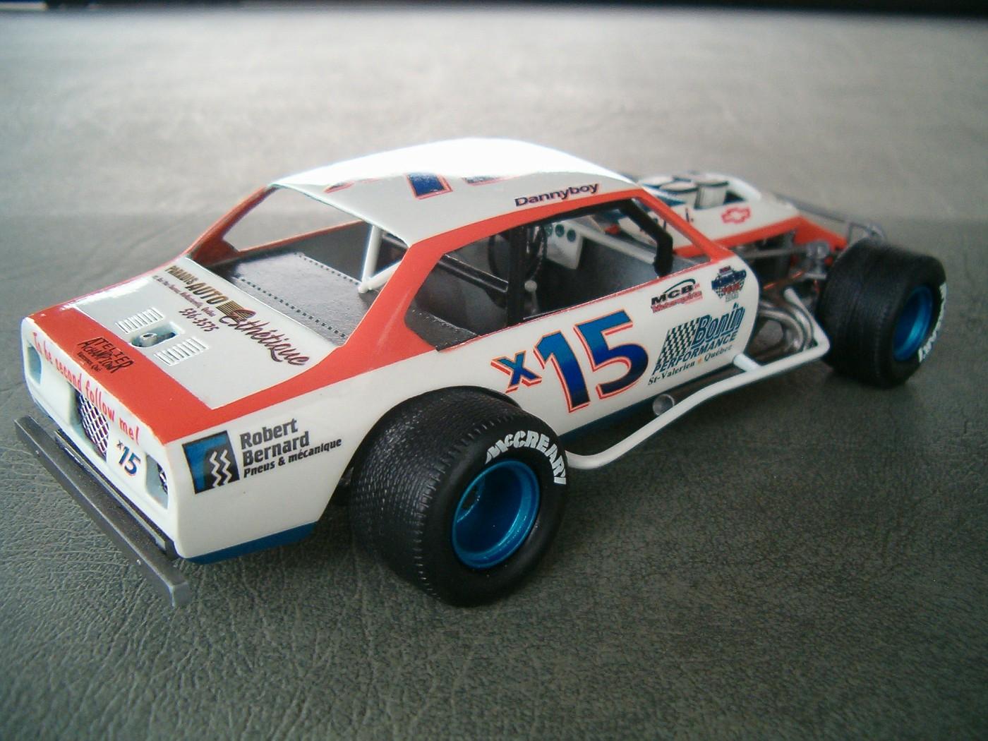 1974 Vega Modifié #X15, terminé 011-vi