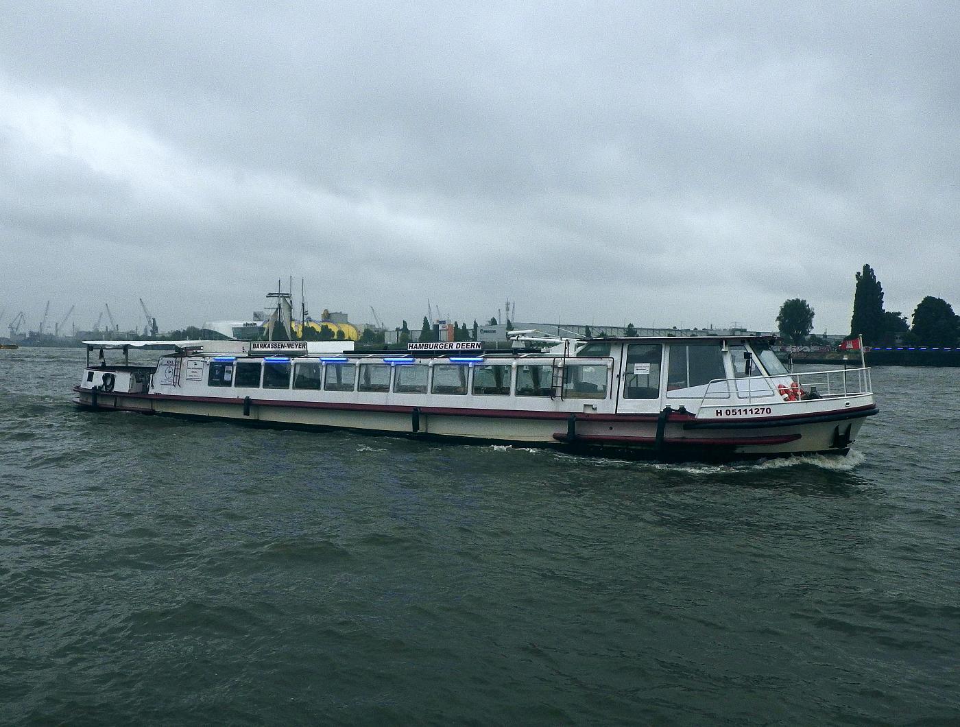 Boot auf der Norderelbe