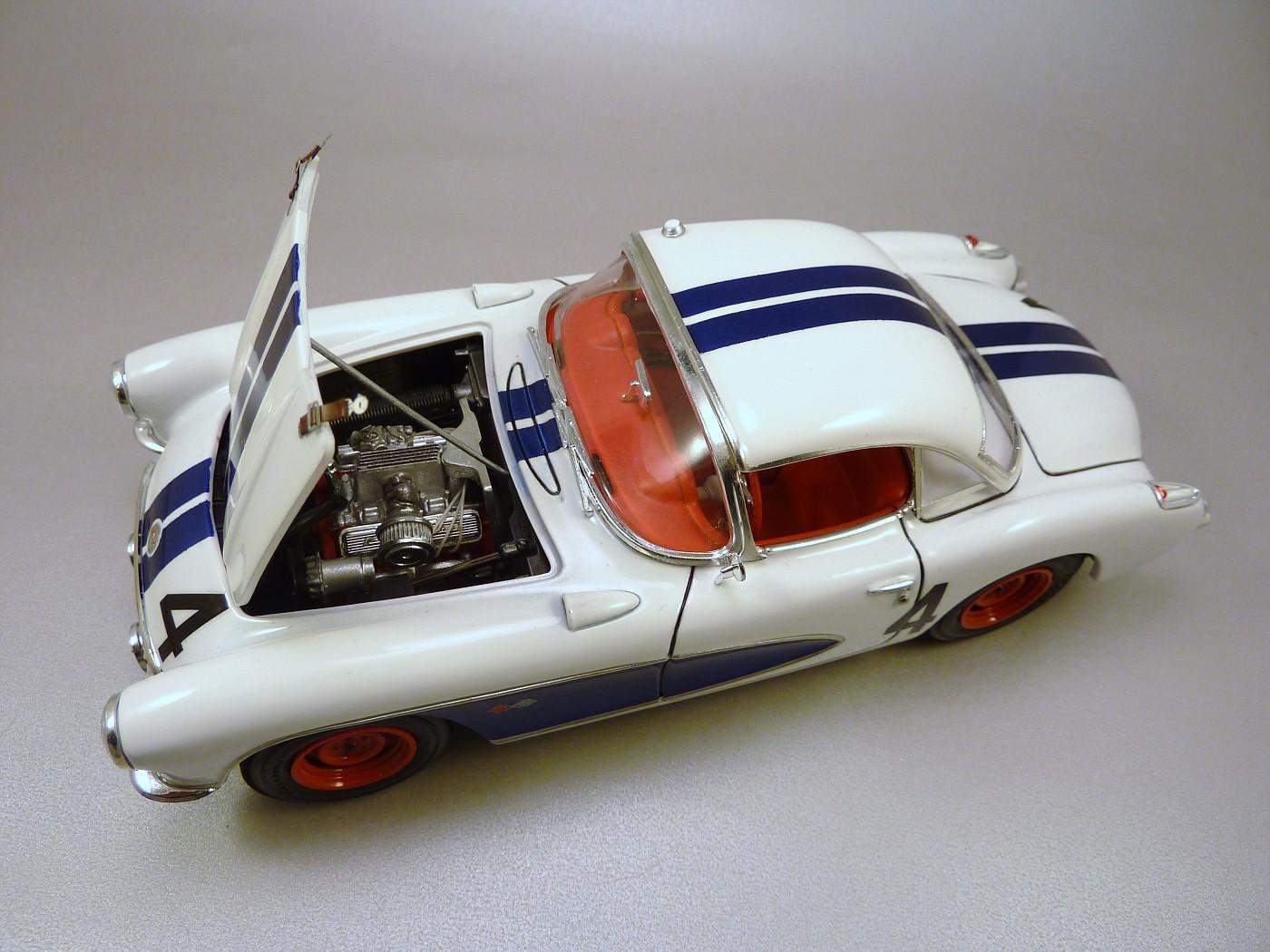 Corvette Sebring 57 terminée  RvetteSebring57DickThompson017-vi