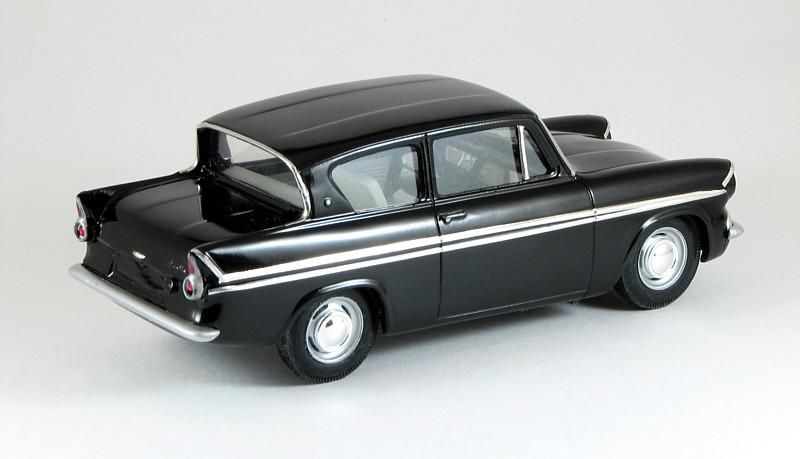 Zoom Zoom ... & 1962 Ford Anglia Super - Scale Auto Magazine - For building ... markmcfarlin.com