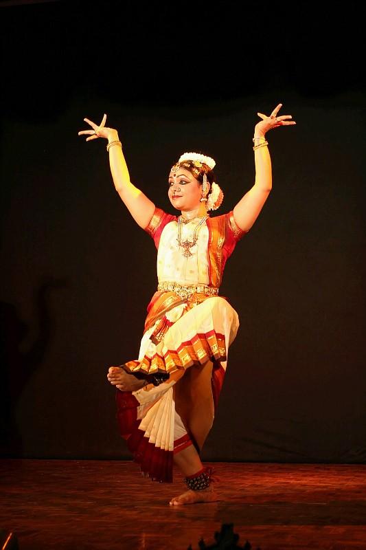 067-khajuraho tance regionalne-img 1508 filtered