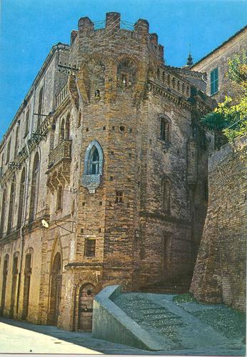 Amorotti Castle (PE)