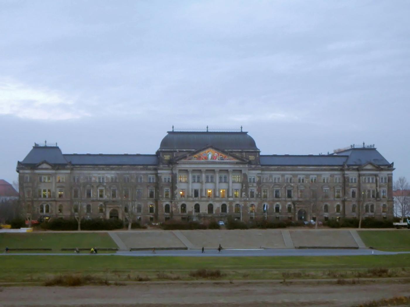 Sächsisches Staatsministerium
