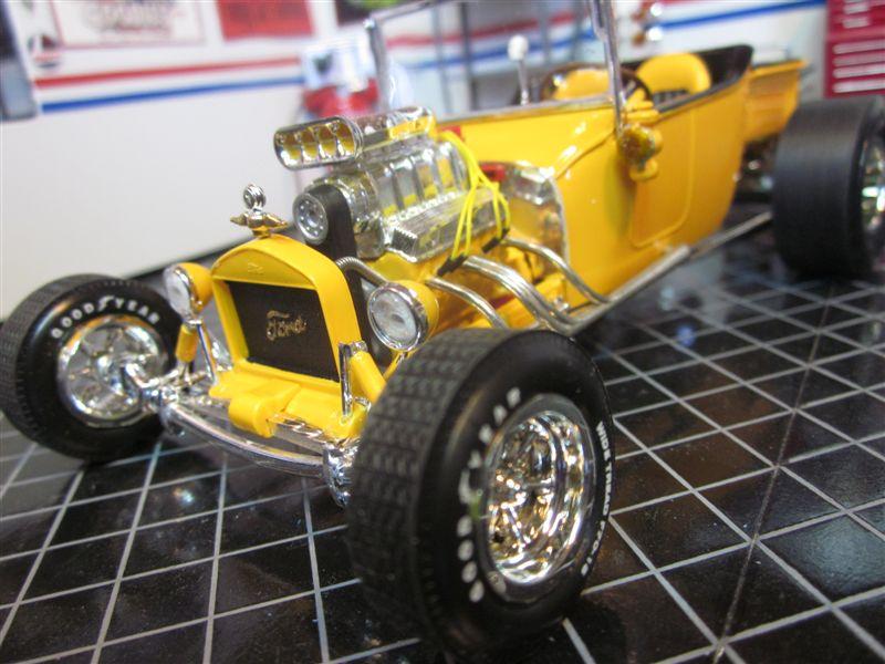 ModelCars3243-vi.jpg