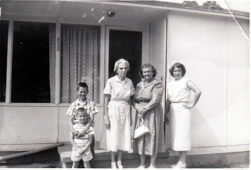 16-Ray Pergram, Jimmy Foust - Lady Unknown - Edna Marie (ANDERSON) Foust, and Mable June (PATTON) Foust