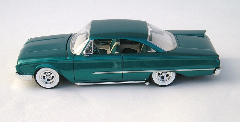 Ford Starliner 1960 mild kustom 003-vi