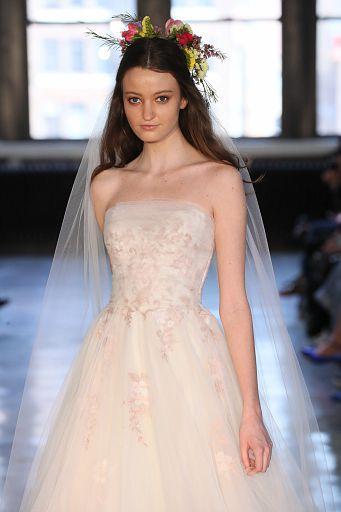 Watters Bridal SS19 0502