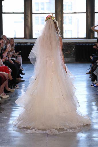 Watters Bridal SS19 0526