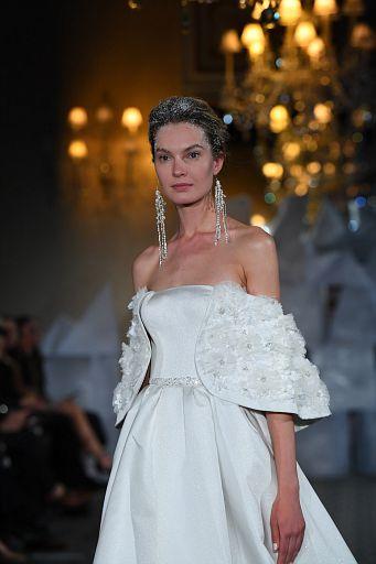 Mira Zwillinger Bridal SS19 0089