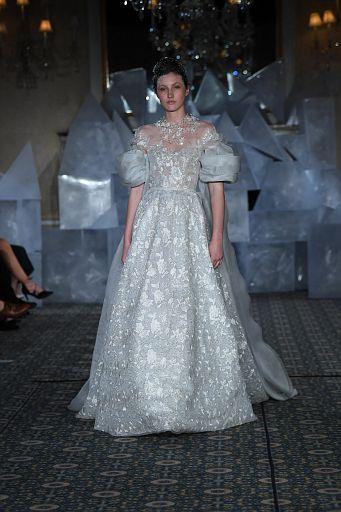 Mira Zwillinger Bridal SS19 0120