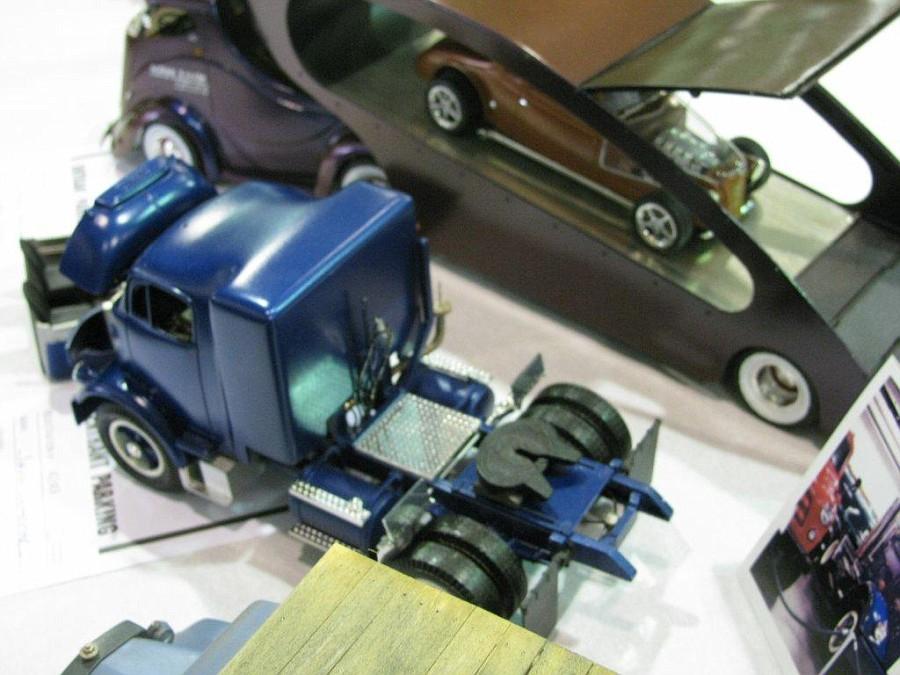 "Golden Age GMC 55 model 860 ""Cannonball"" Par Jeff Harper NNLEAST2011626-vi"