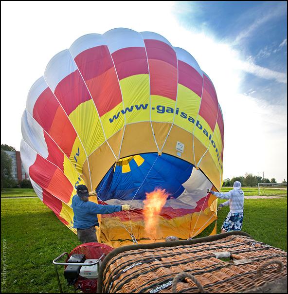 http://images50.fotki.com/v1528/photos/8/880231/3377890/Baloon001-vi.jpg