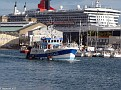 QM2 & PERE ARTHUR Trawler