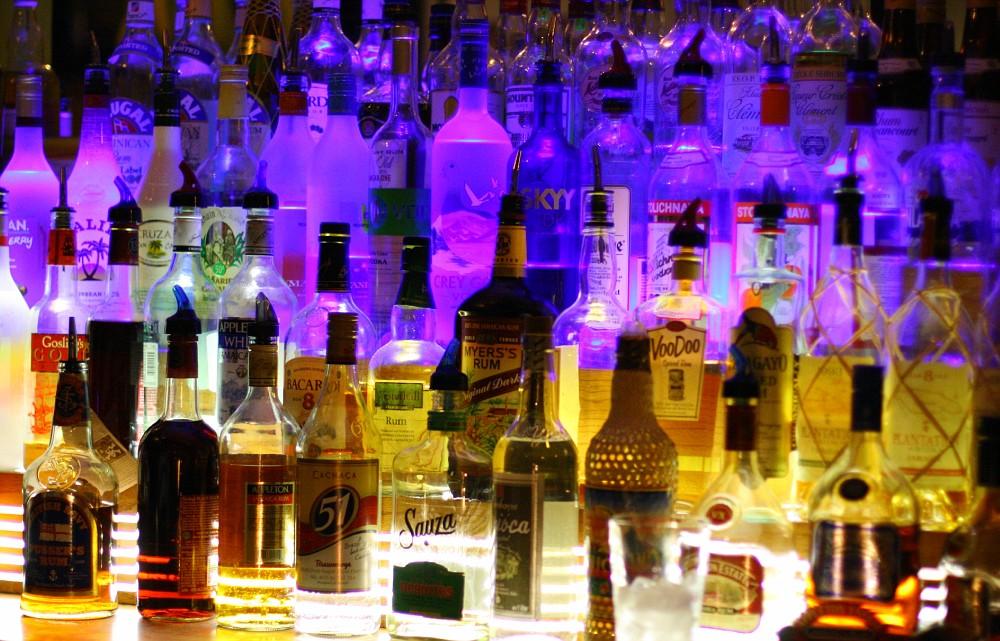 Alcohol15-vi.jpg